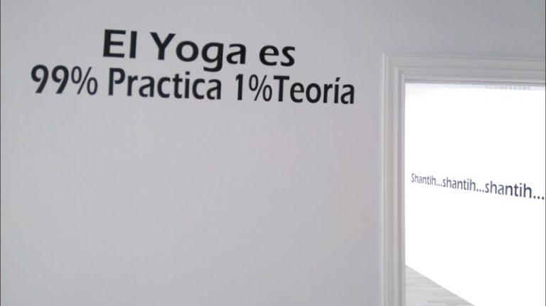 434884364 8227302Ashtanga Yoga Ferrol 1 768x430